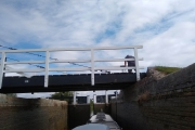 Swing bridge over the lock at Hungerford